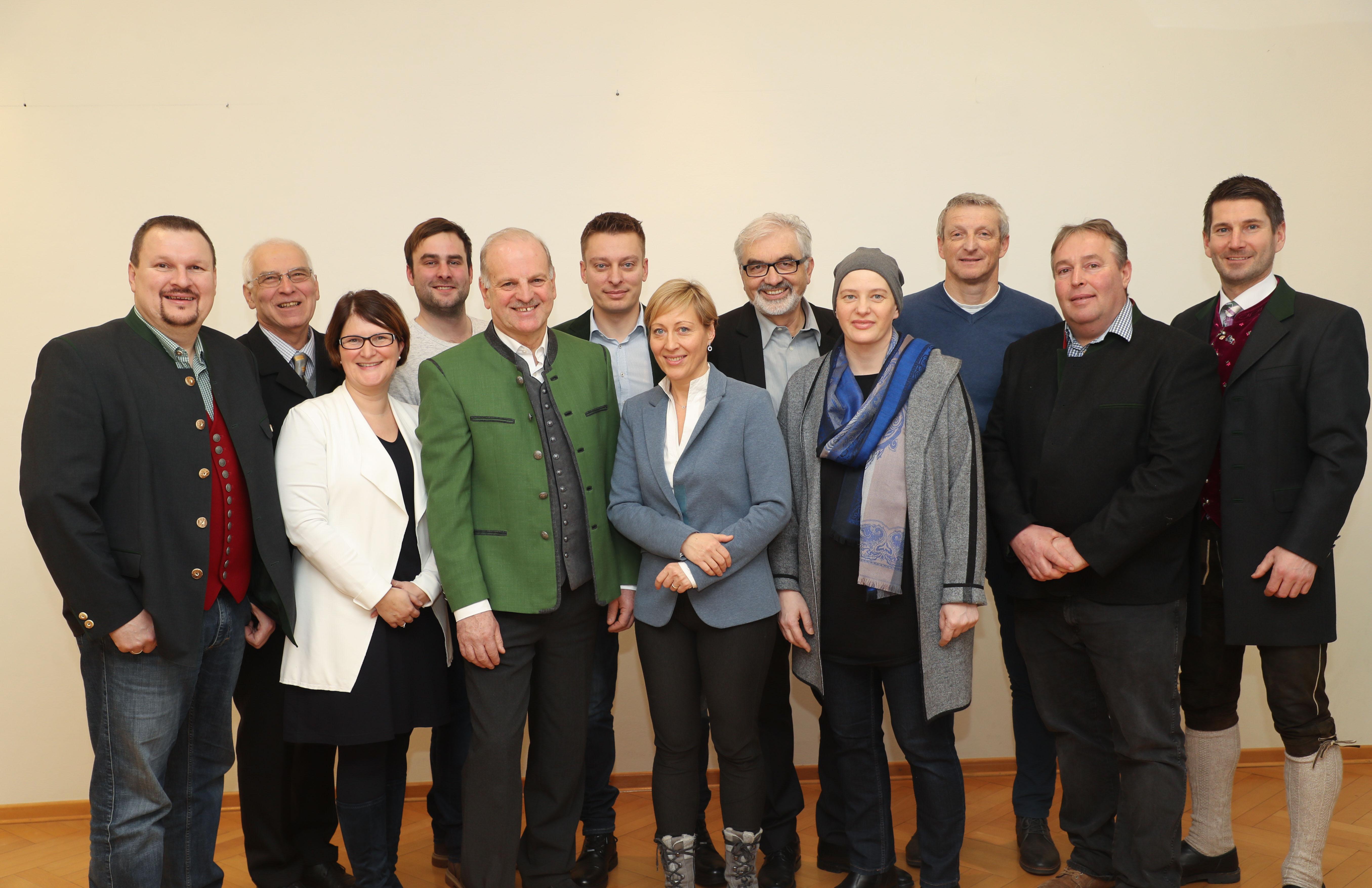 Bekanntschaften in Henndorf am Wallersee - Partnersuche